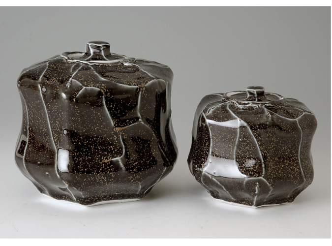 Hexagonal 'Pillow' Boxes Teadust Glazed